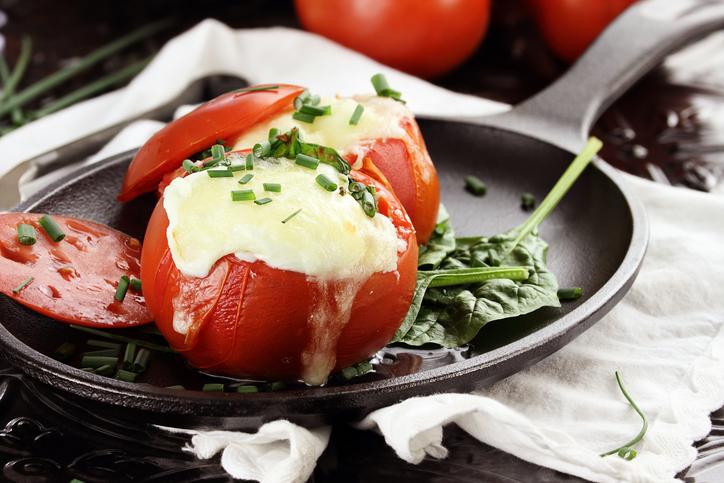 Tomates farcies au grand épeautre et au chèvre
