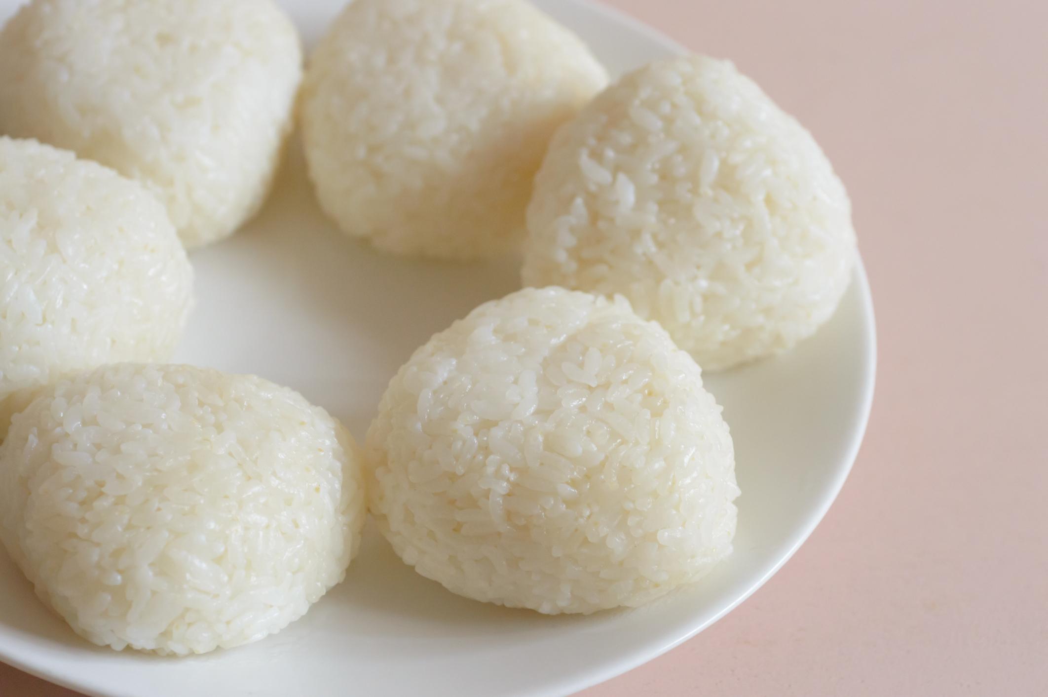 Boulettes de riz doux à la noix de coco